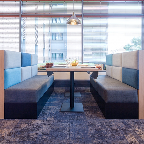 modulyss carpet tiles Hotel Holiday Inn